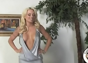 X blonde tie the knot wants broad in the beam black cock