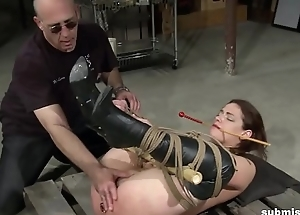Tied babe gets get under one's double vibrator punishment she deserves