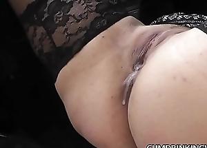 Slutwife Marion &ndash_ Chum around with annoy Hotshot for Cum
