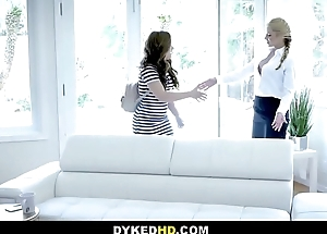 Sexy MILF Psychiatrist Sarah Vandella Has Inverted Copulation With A Experimental Sexy Big Nuisance Consumer Kimber Woods