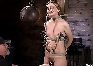Zippered slave in bondage chronicle