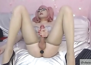 Hung Left-hand  Haired Shemale Wanking More than Livecam