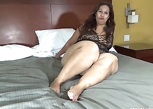 beautybuttplumper.com Laura Hernandez Mexican BBW Obese Legs