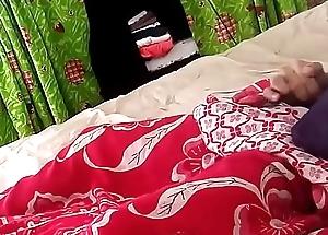 espiando a mi roomate