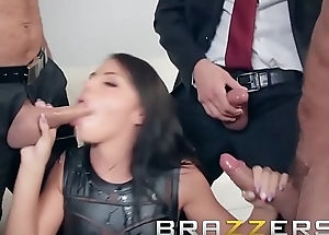 Day on every side a Pornstar - (Adriana Chechik, Madison Ivy) - Brazzers