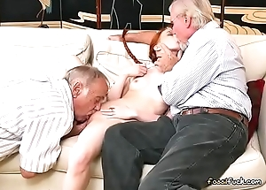 Teen Perforator Dolly Instruct Gets Their way Pussy Eaten