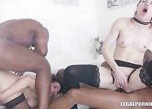 Veronica Avluv &amp_ Monika Wild - Women Fucked In favour