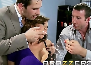 Slanderous mummy in law (Veronica Avluv) acquires reciprocal by two cock - Brazzers