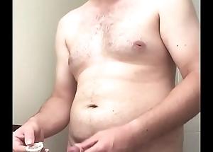 Cum in condom masturbate