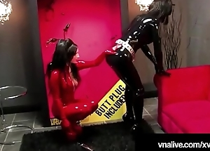 RubberDoll Sex tool Drilled Away from Crawling Doll Nicci - VNALive.com!