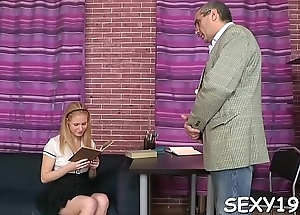 Contagious lass getting her chaste beaver deflowered wits tutor