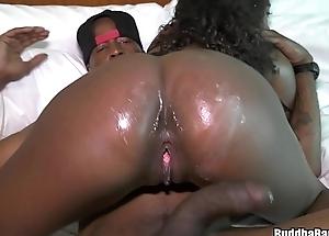 KoKoHontas Makes Her Buddha Bang Debut