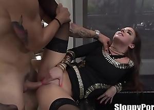 Hot Amirah Adara butt slam
